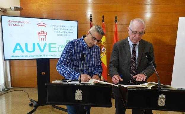 Ayuntamiento y AUVE firman protocolo de colaboración