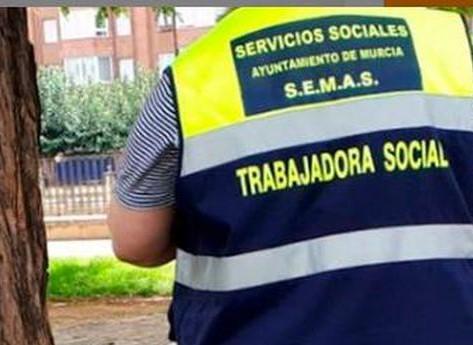 Murcia activa el dispositivo especial de atención a personas sin hogar por el calor