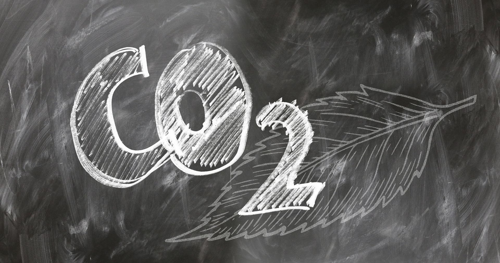 La Comisión Europea insta a España a elevar el límite de emisiones de CO2del 26 al 37 % para 2030