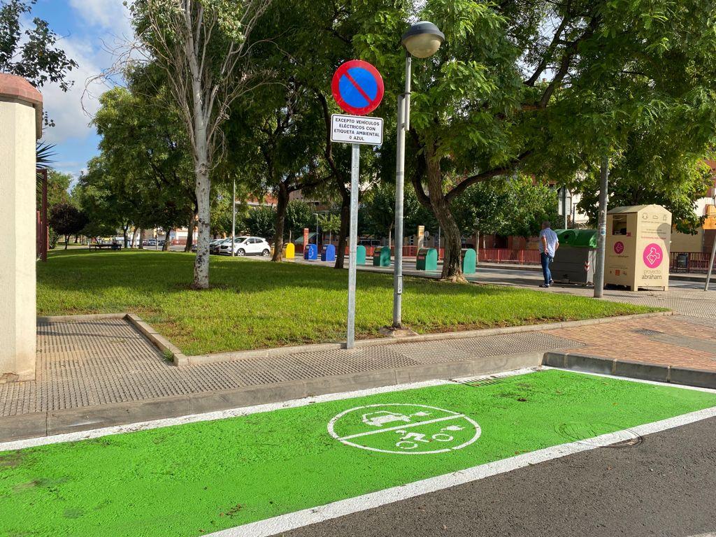 El municipio dobla el número de plazas de aparcamiento para vehículos eléctricos